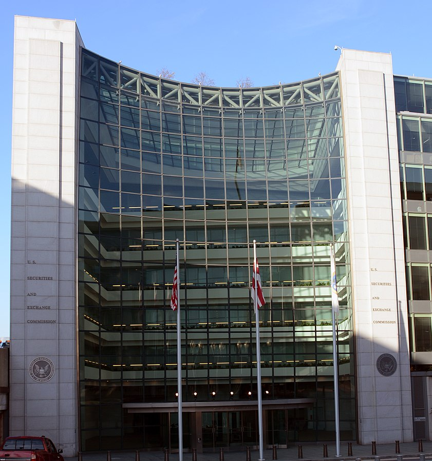 United States Securities and Exchange Commission (SEC) building,D Ramey Logan, CC BY 4.0,